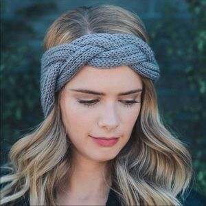 Accessories - CLOSET CLOSING New Crochet Warmers Turban